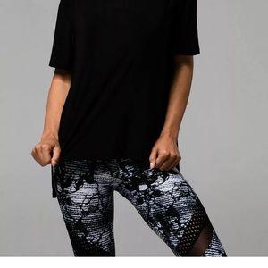 Onzie flow leggings black white mesh size s/m